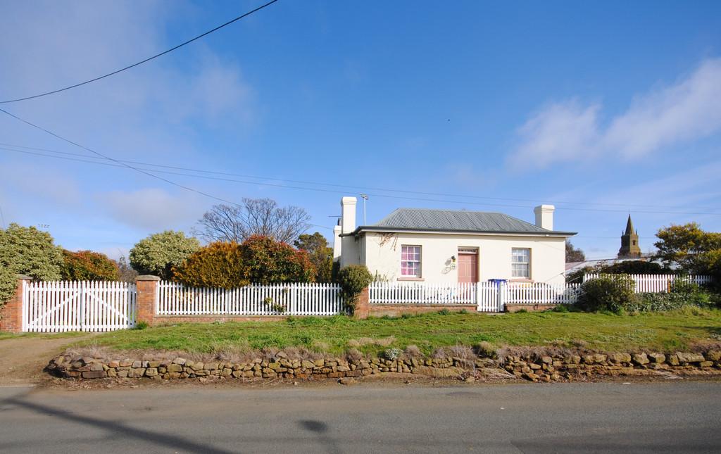 property image 1815913