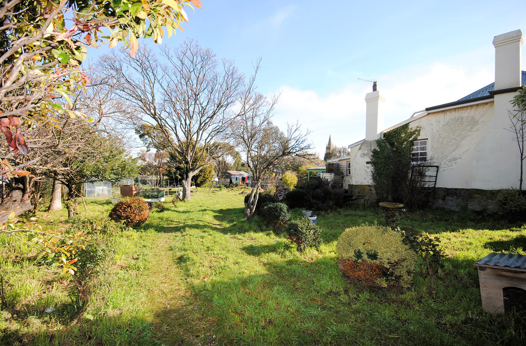 property image 1815924