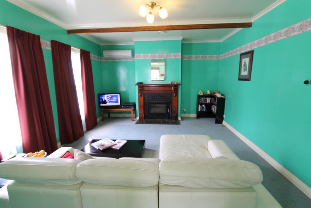 property image 2122573