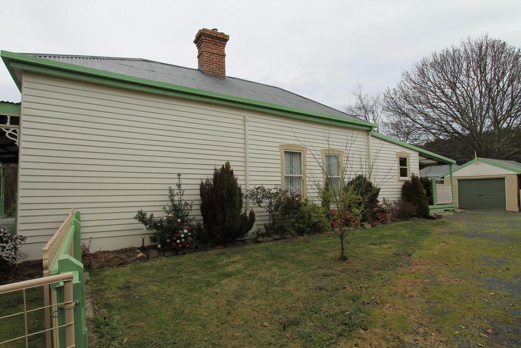 property image 2122583