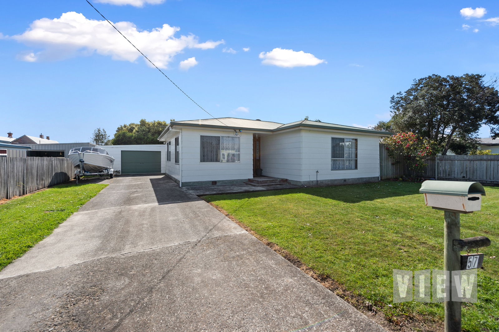 property image 1326147