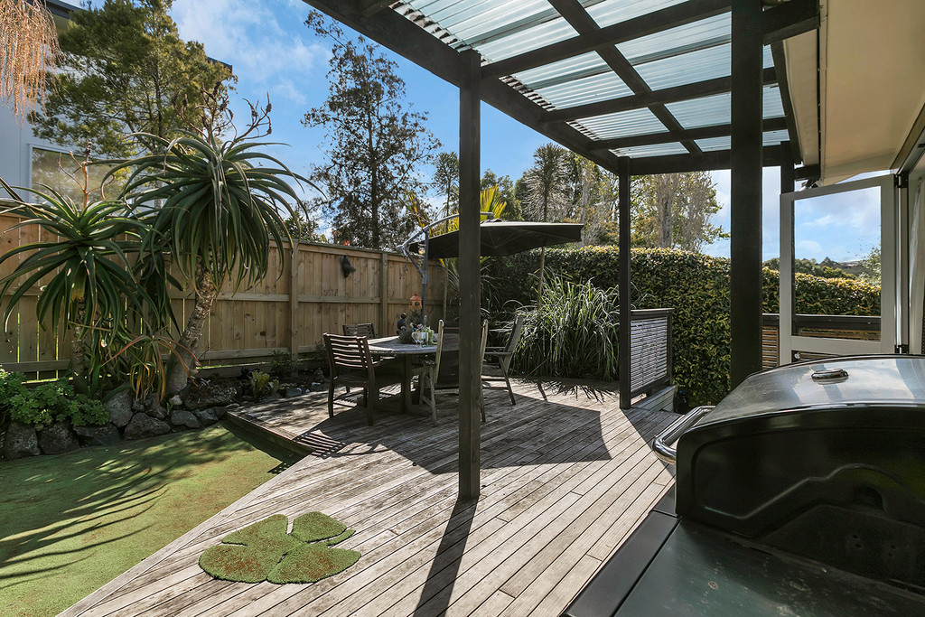 FIRST HOME DREAM, ELEVATED, VIEWS & FREEHOLD LAND