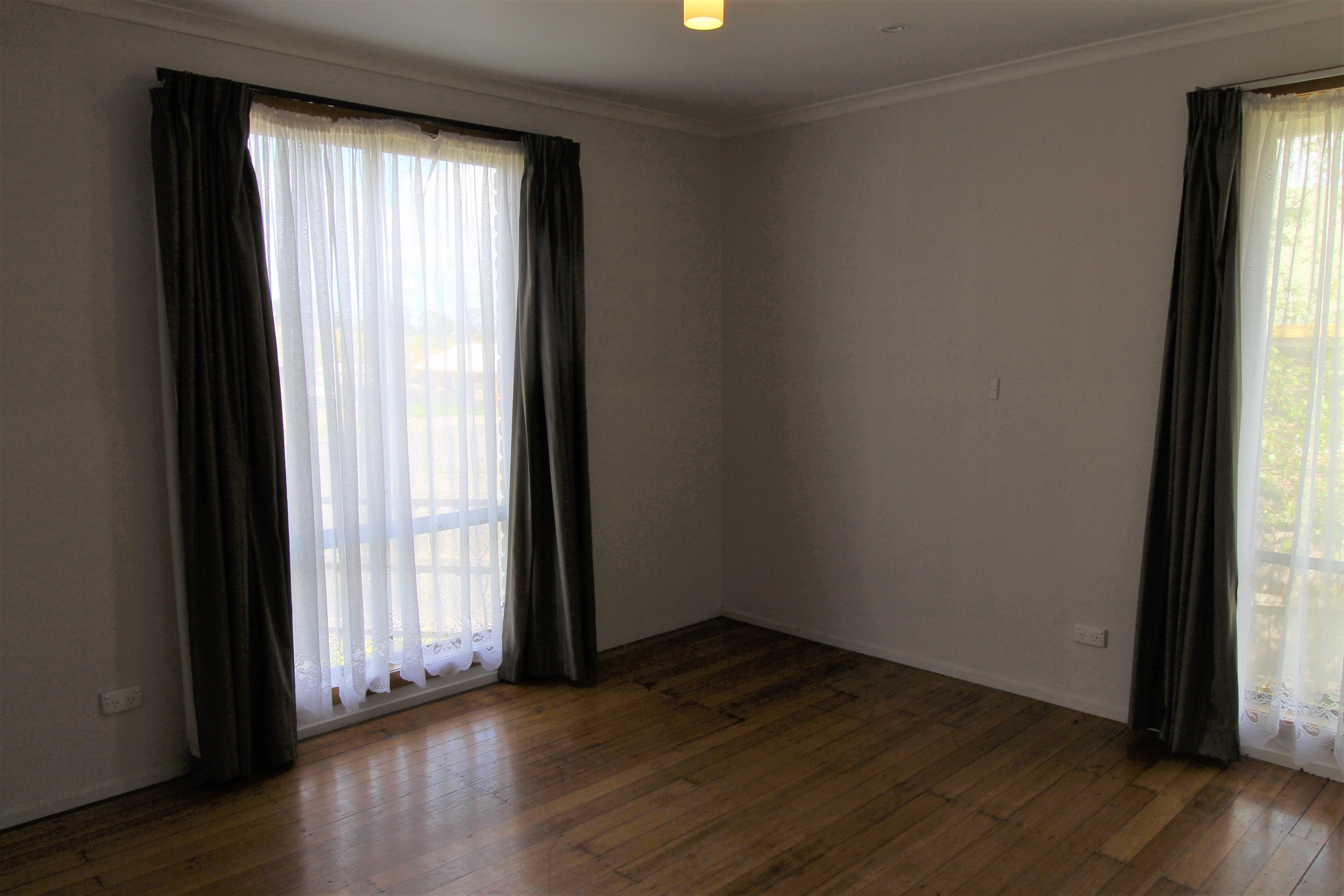 property image 1643679