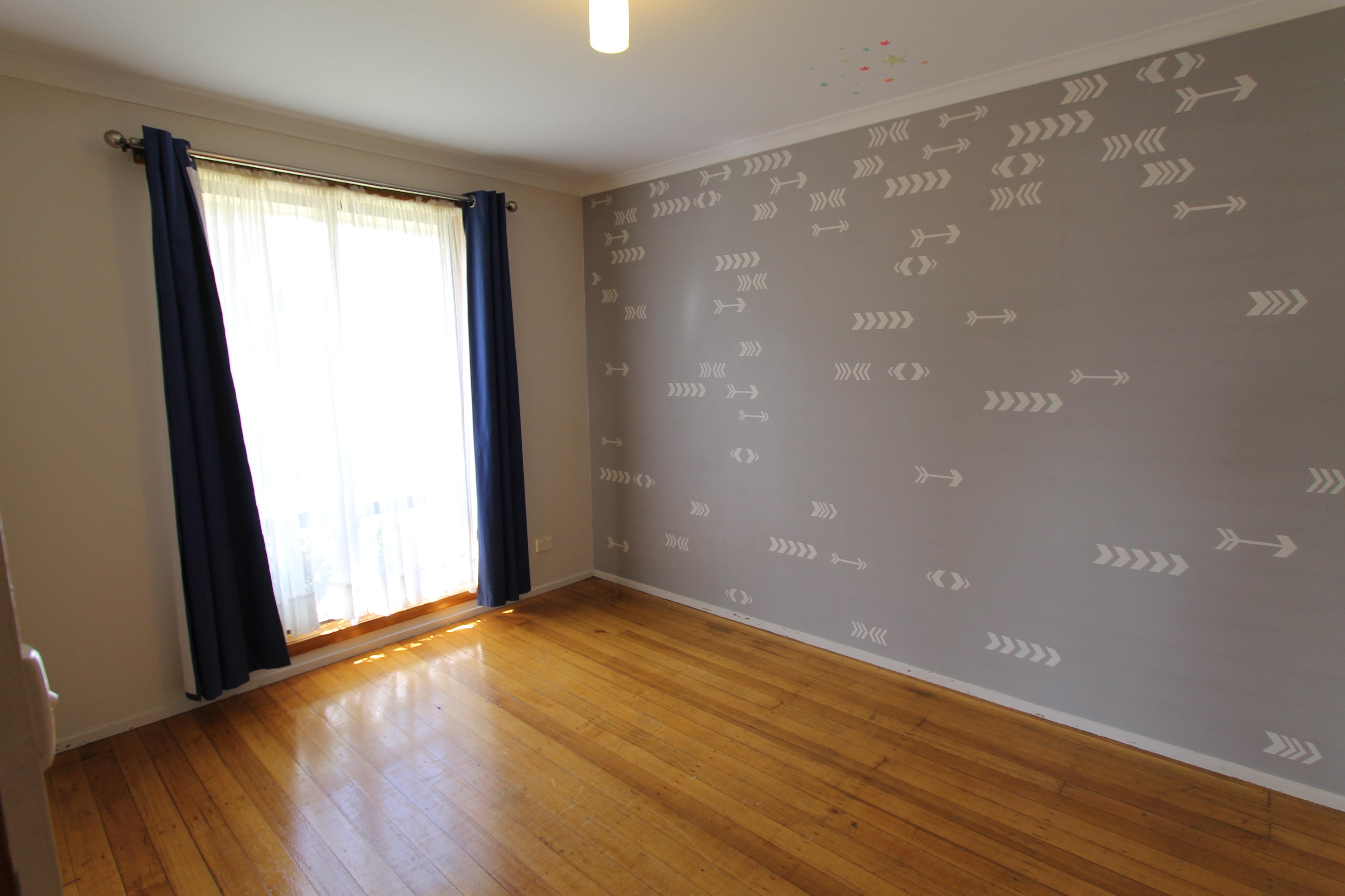 property image 1643682