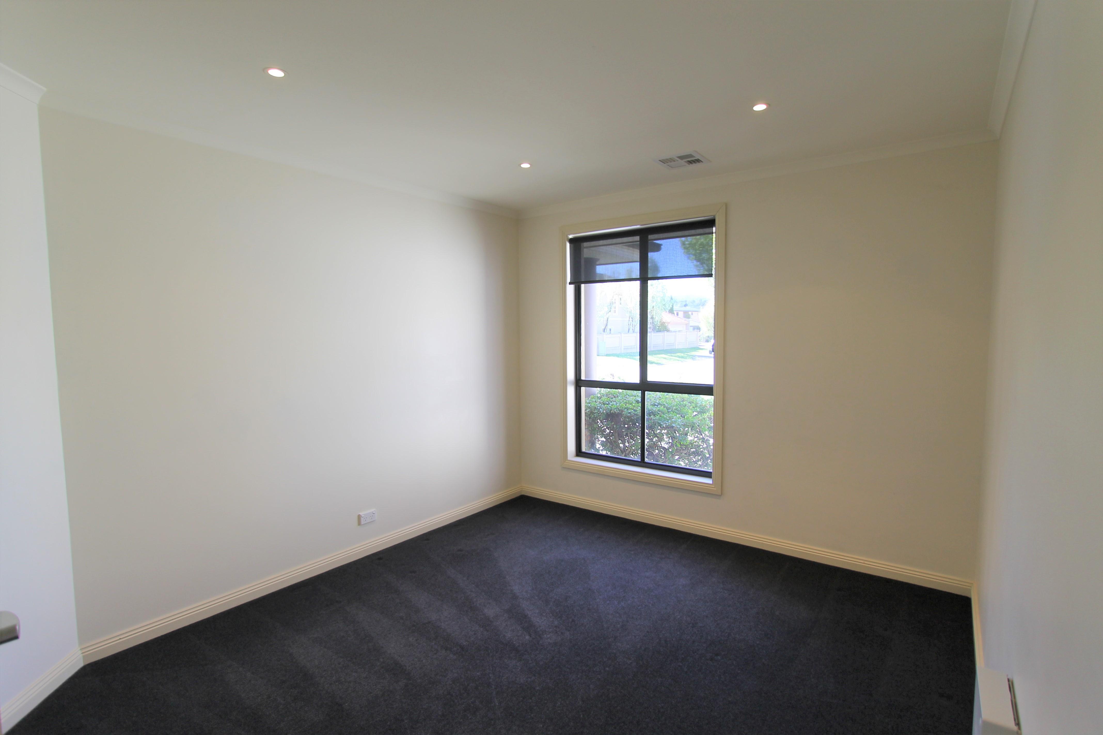property image 1514418