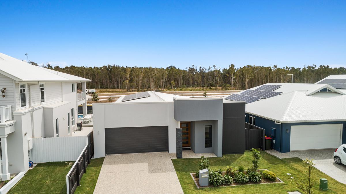 Spectacular home backing onto bushland!