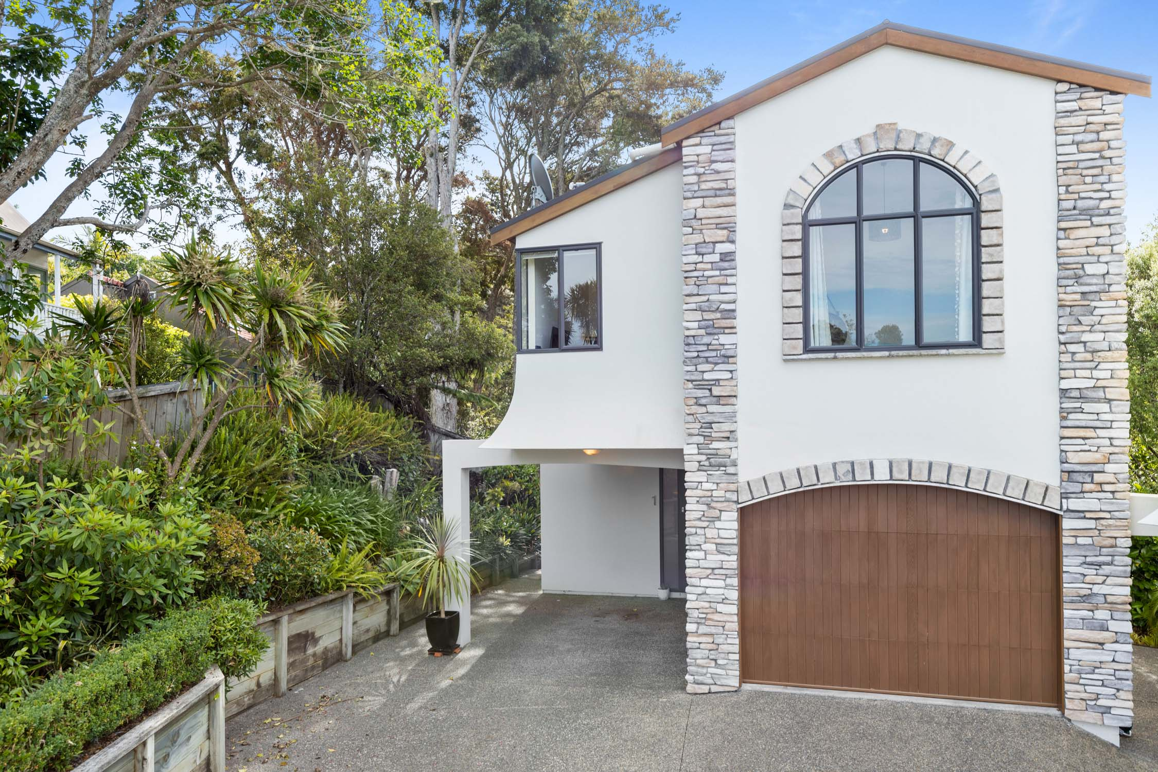 49074Open home times