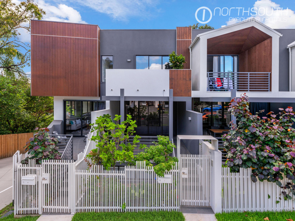 Simply incredible, nearly new townhouse in highly sought after precinct