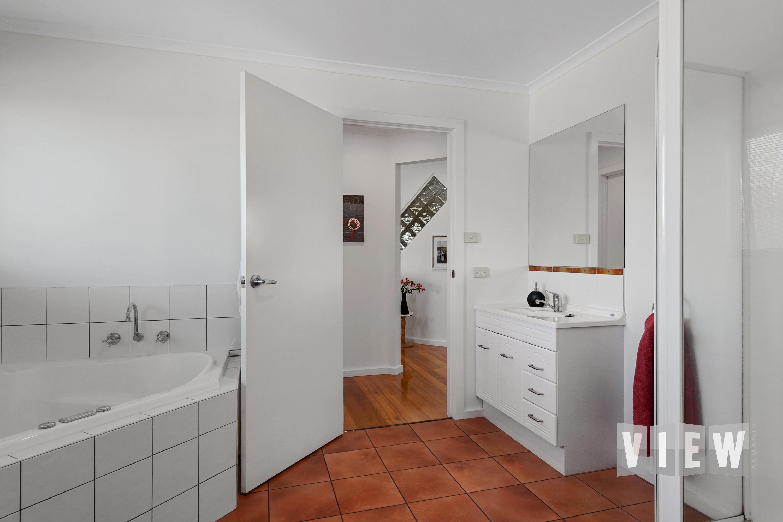 property image 2141981