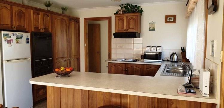 property image 2144683