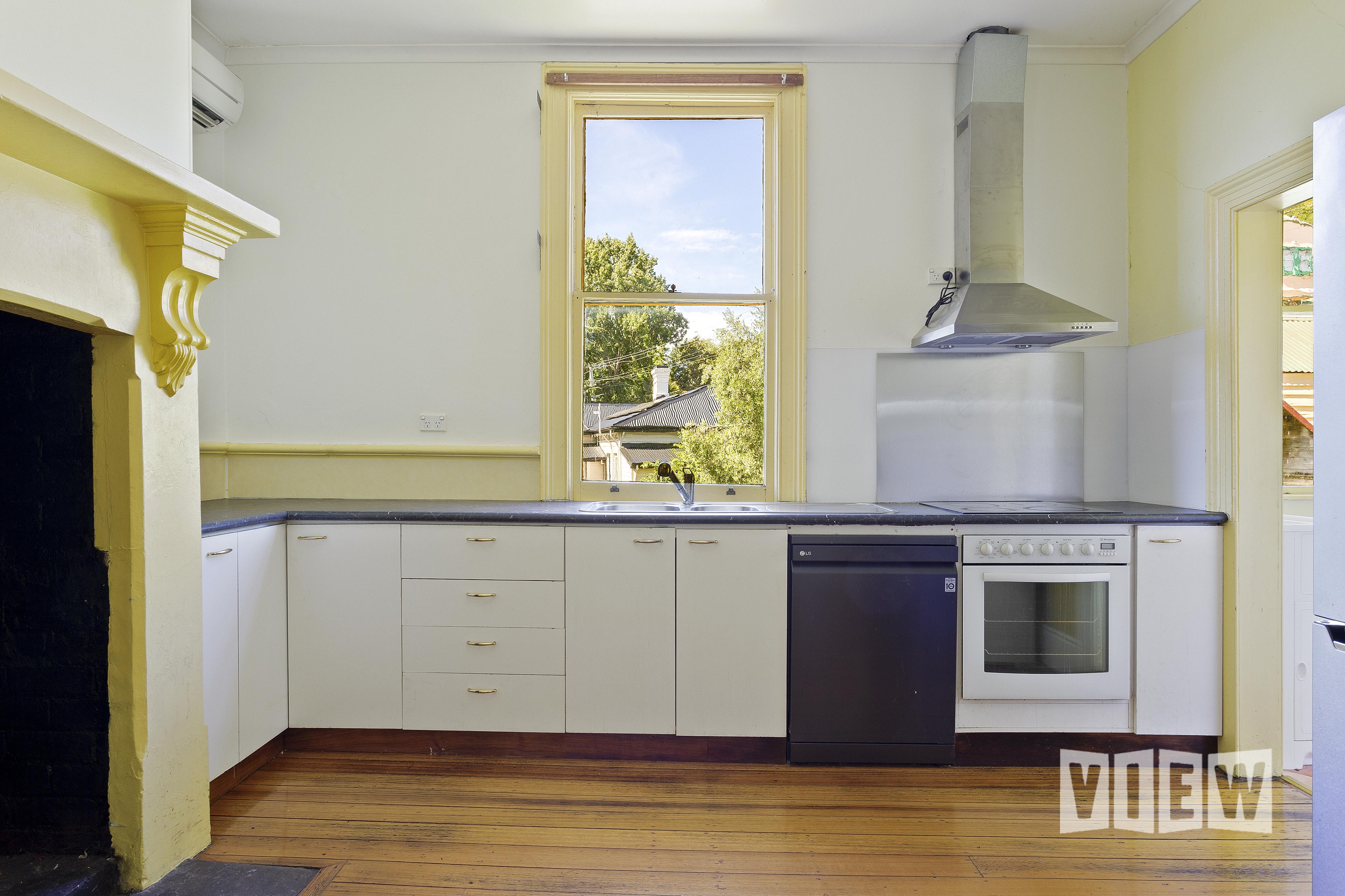 property image 2161550
