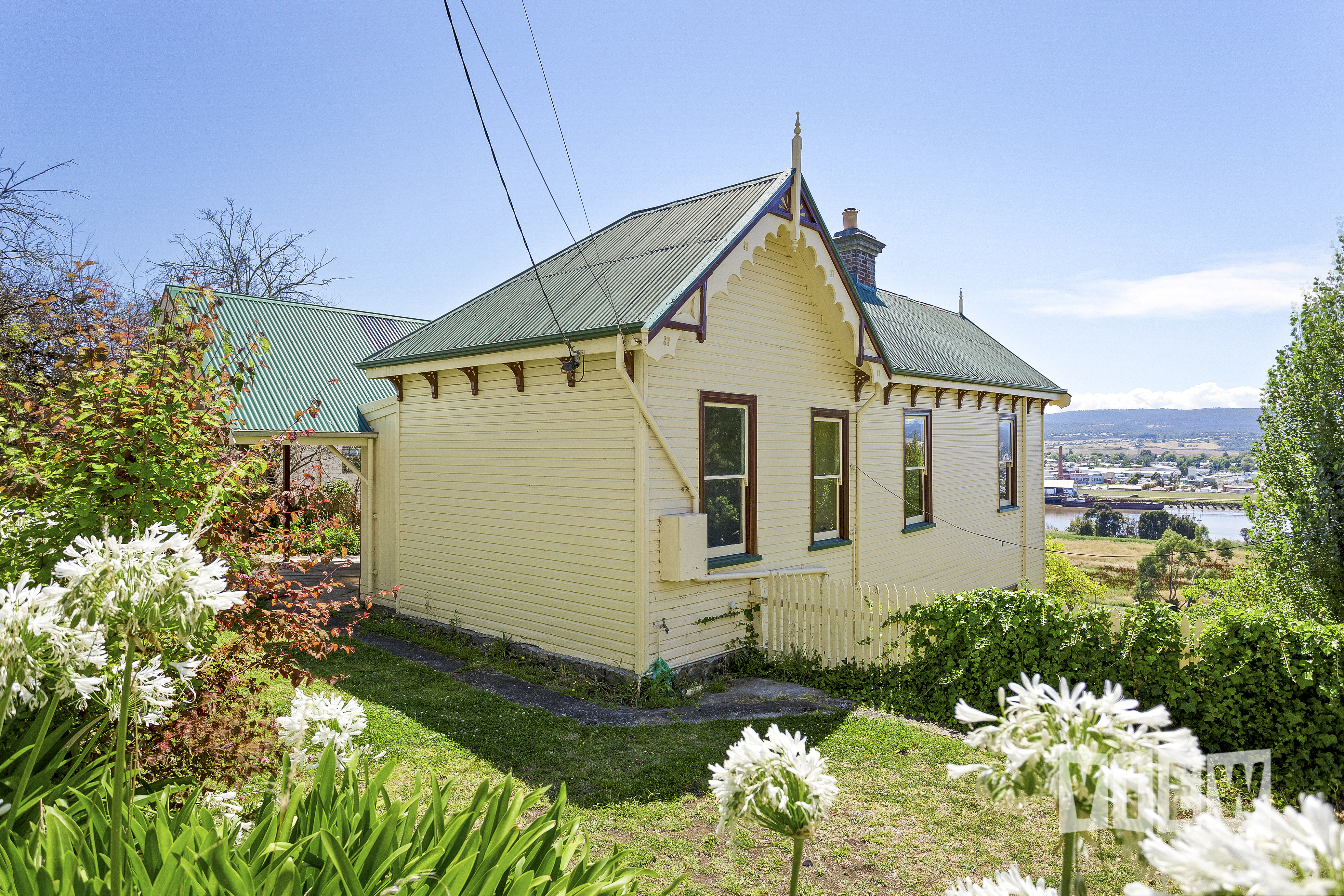 property image 2161562