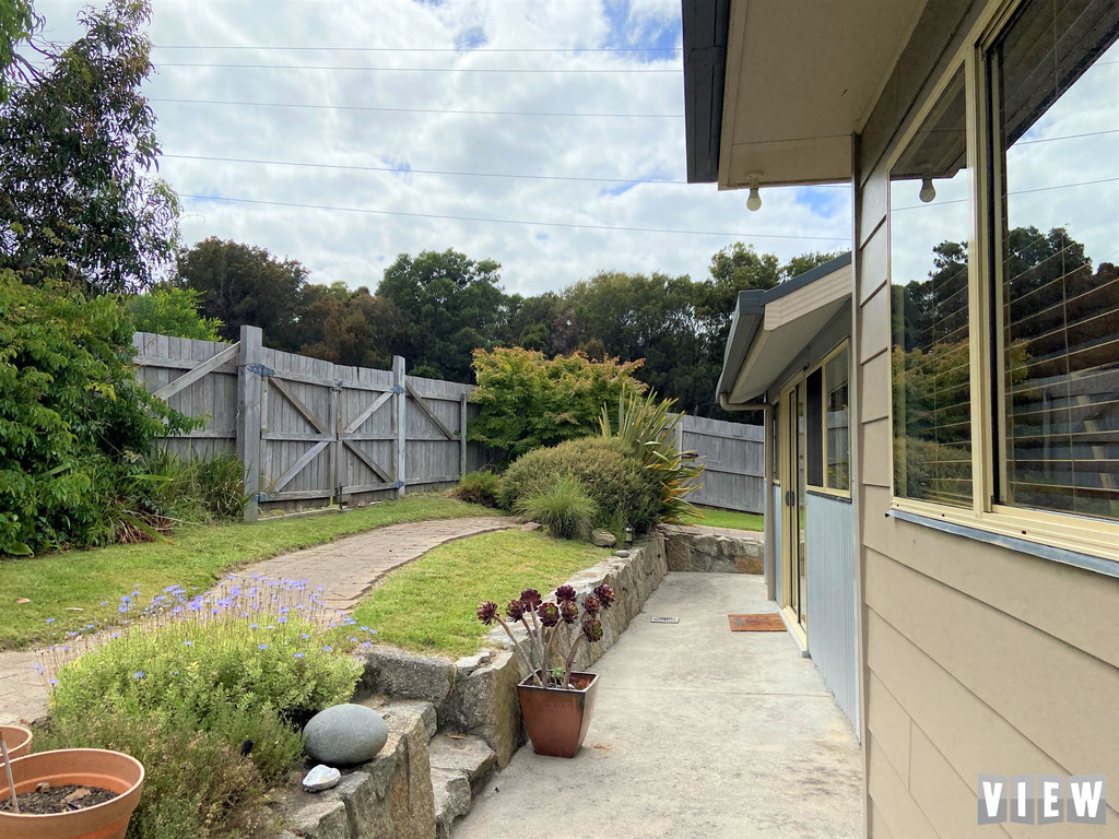 property image 2179527