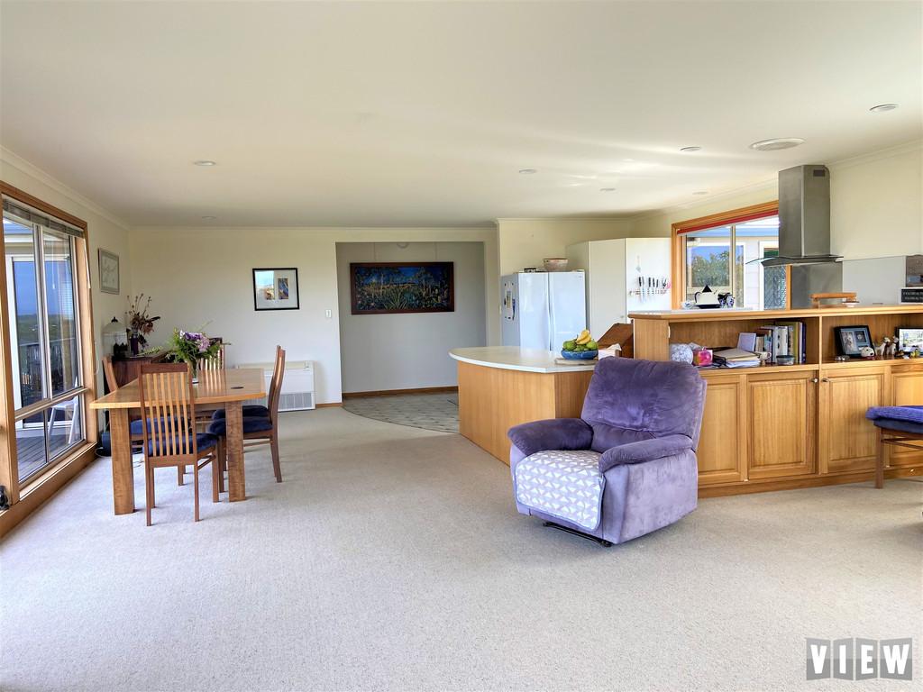 property image 2179518