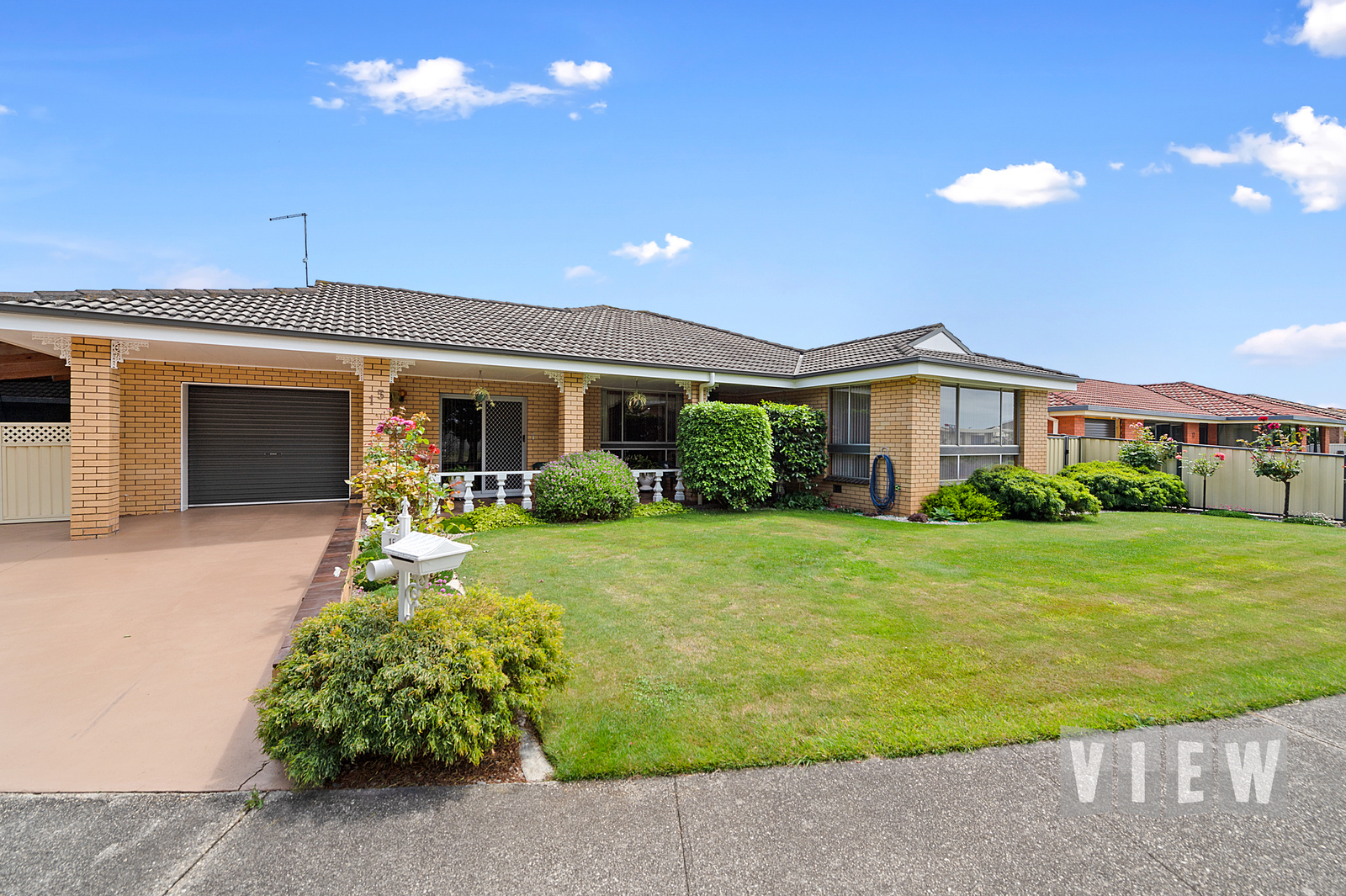 property image 2179872