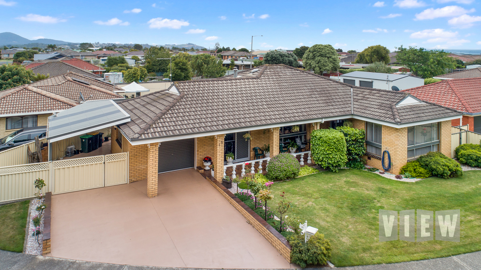 property image 2179885