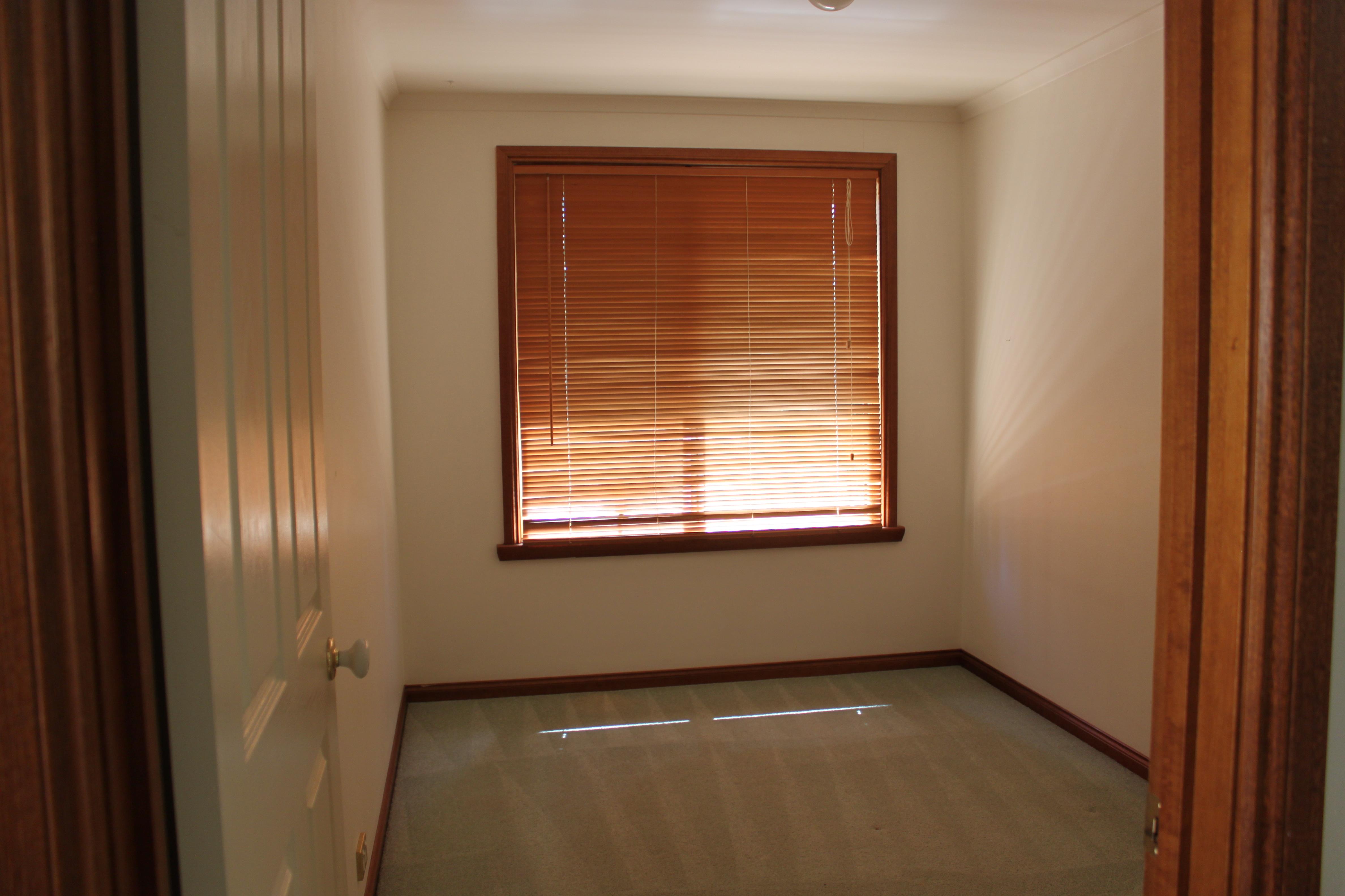property image 2181035