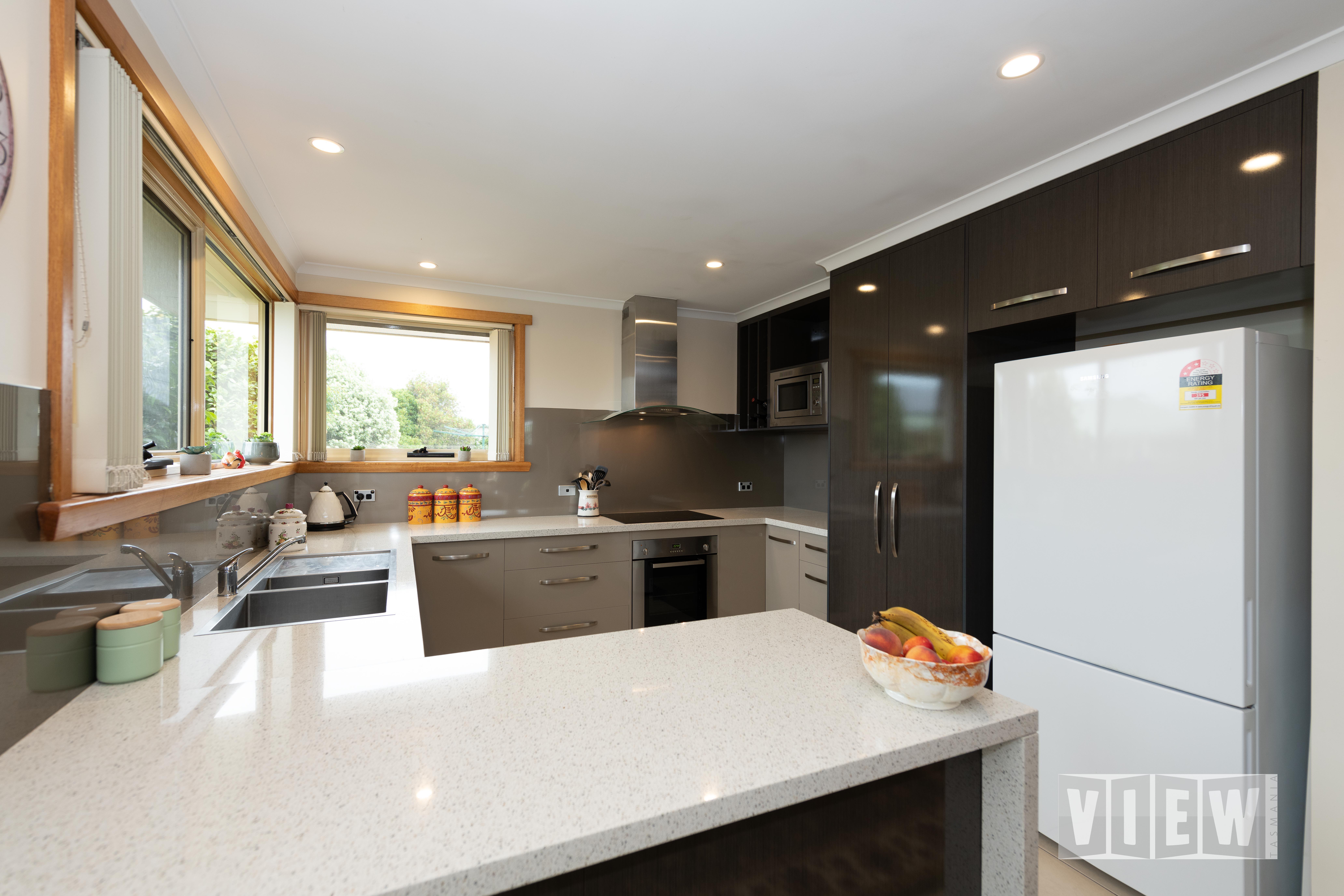 property image 2182875