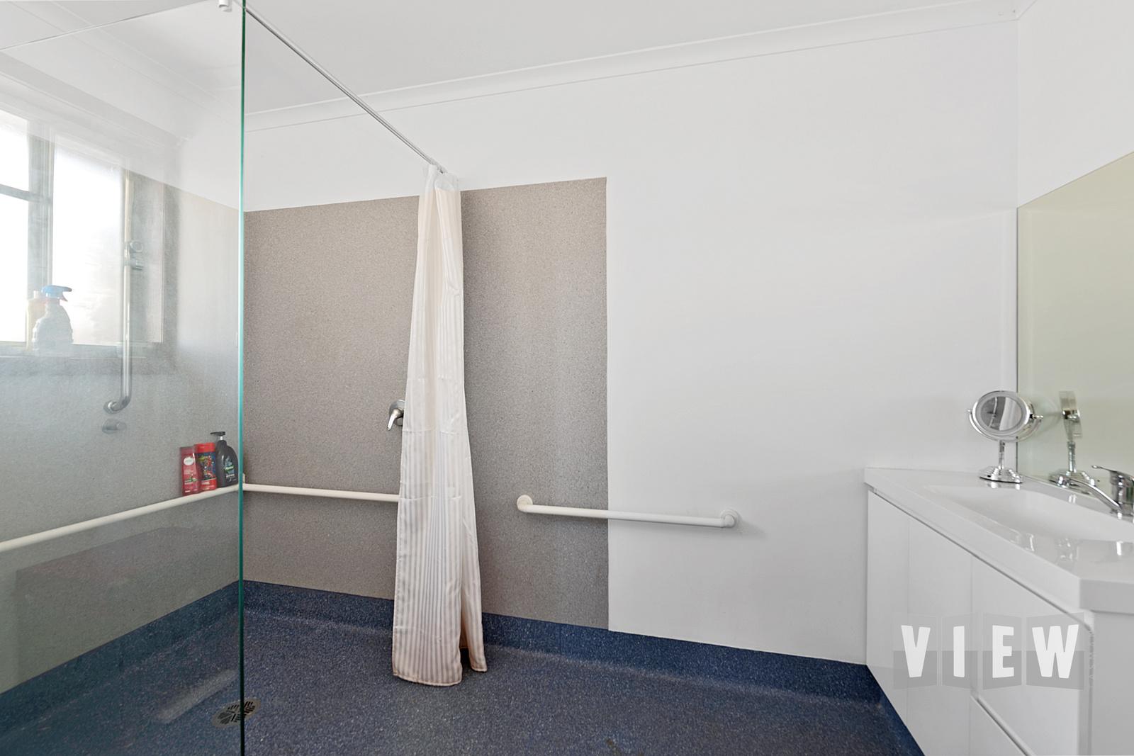 property image 2188092