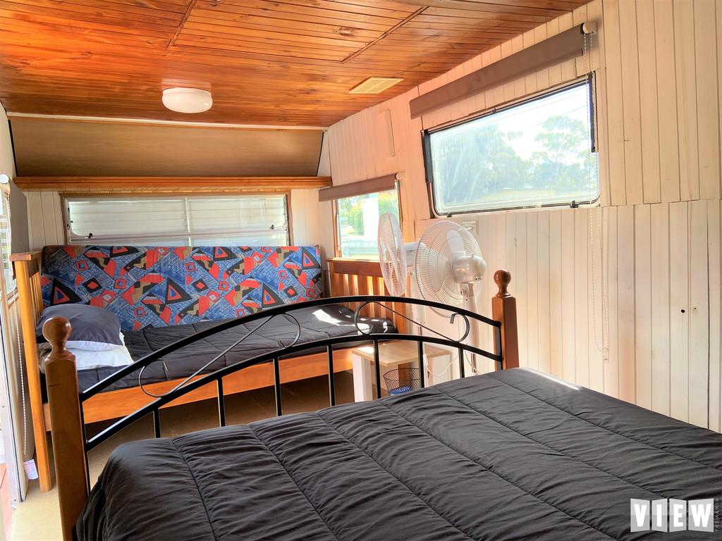 property image 2189595