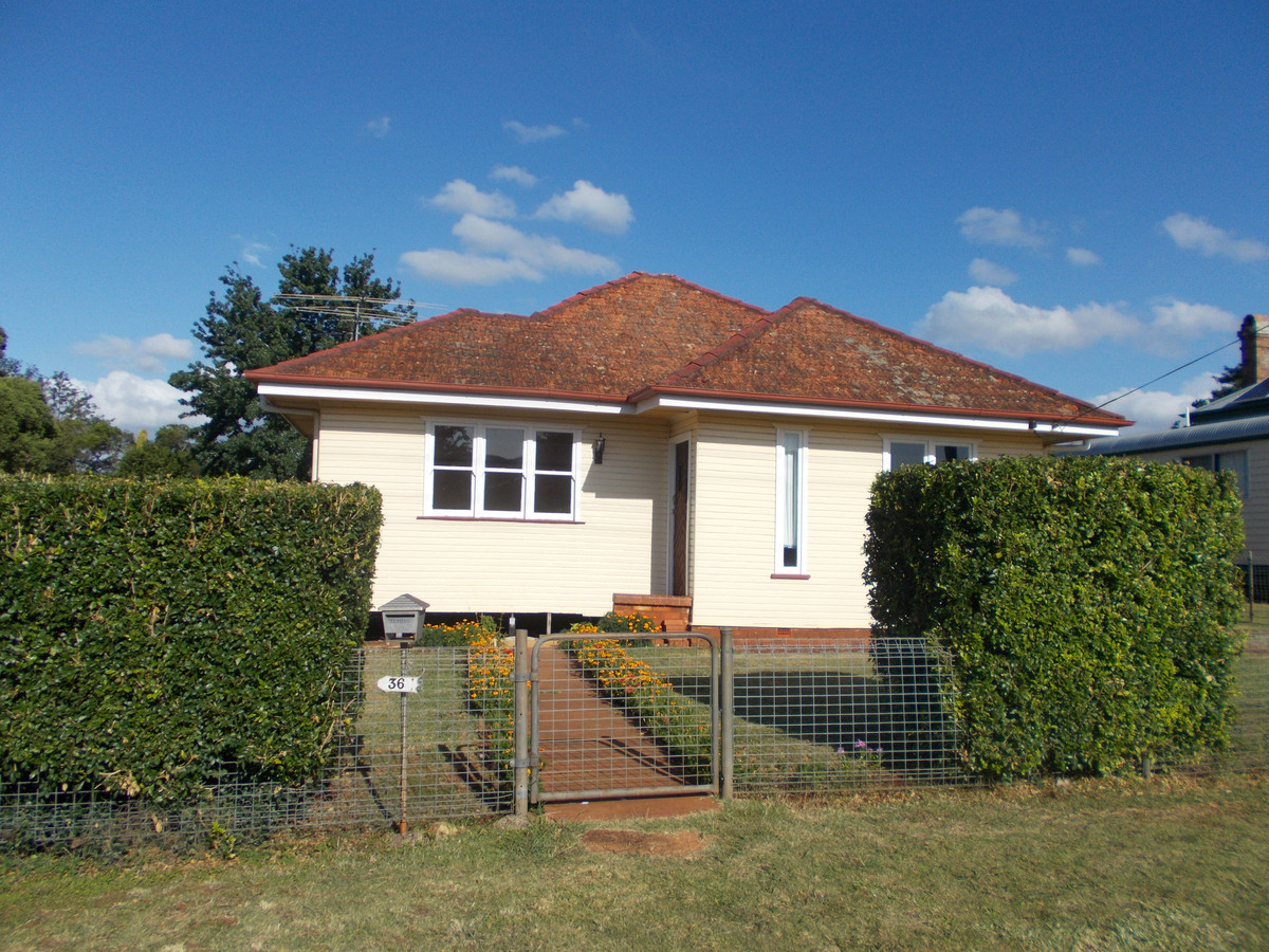 Family Home in Quiet, Convenient Location at a Great Price!
