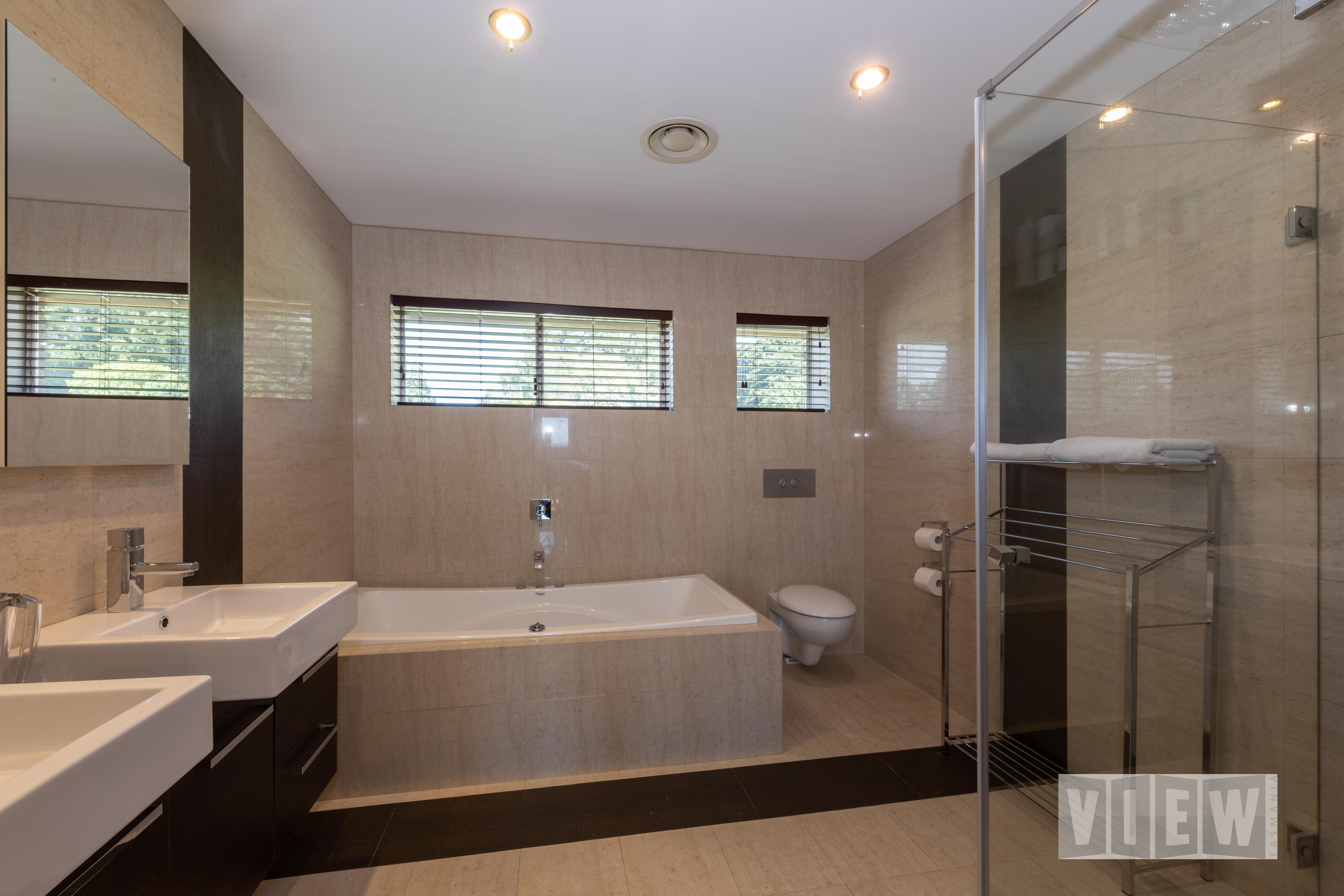 property image 2194332