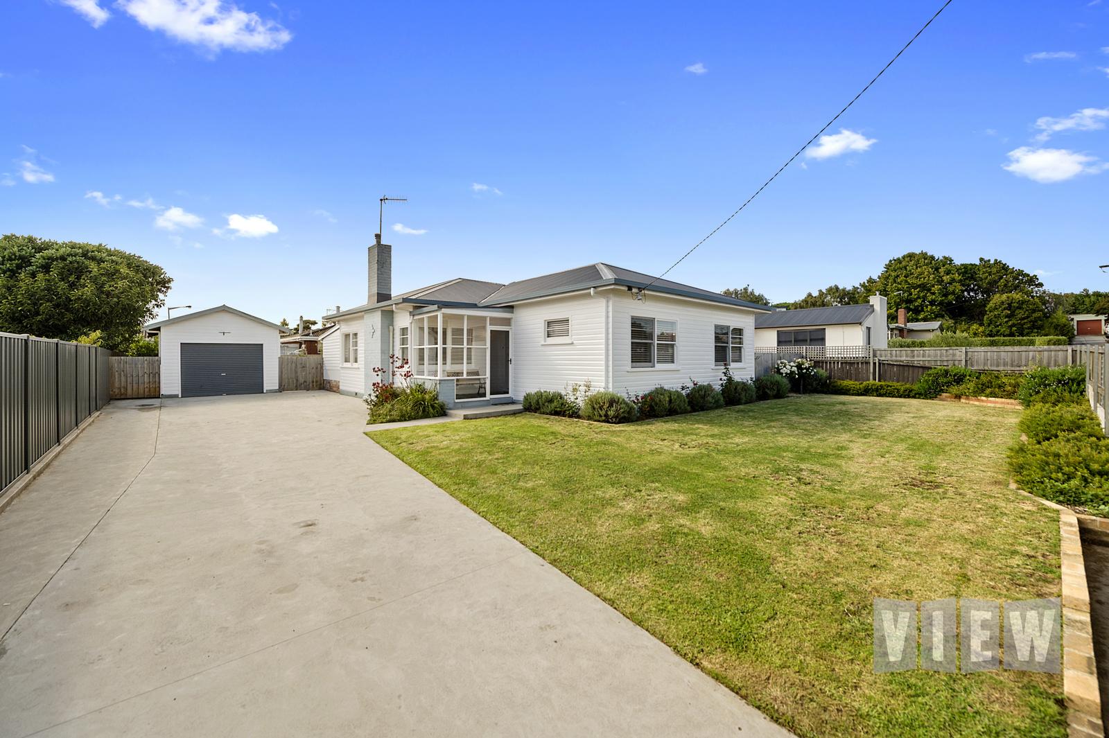 property image 2195795