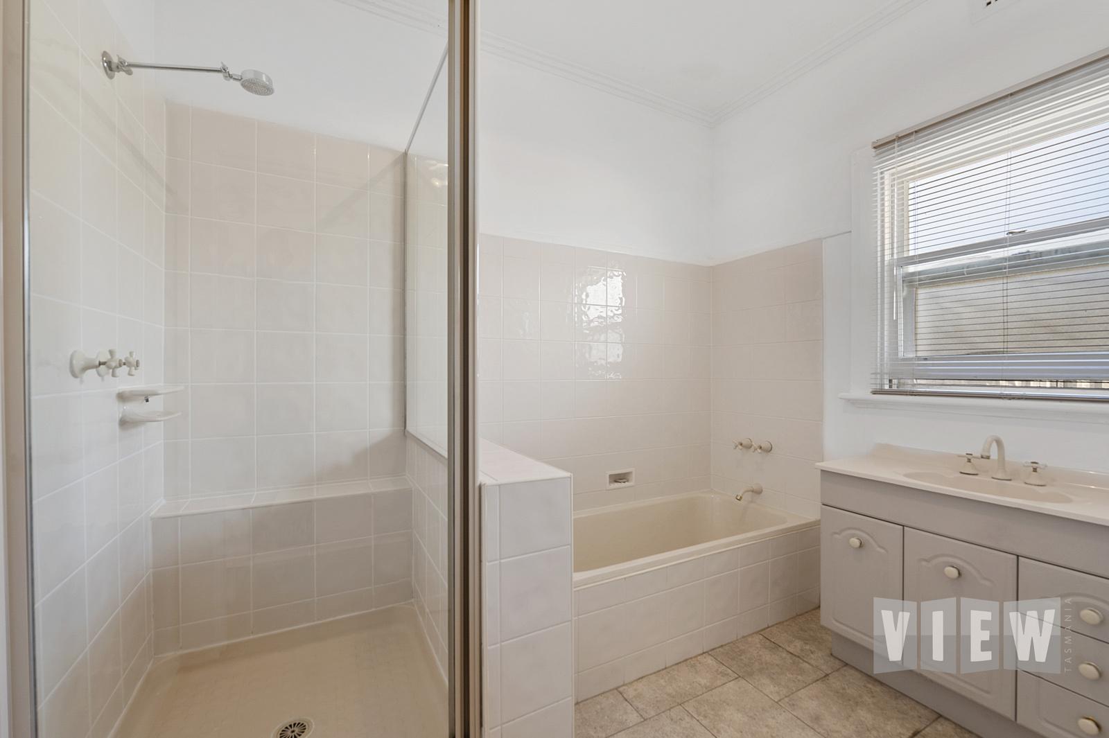 property image 2195799