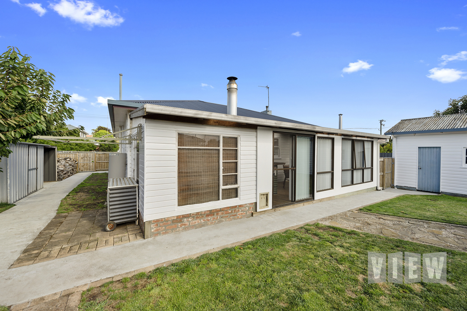 property image 2195802