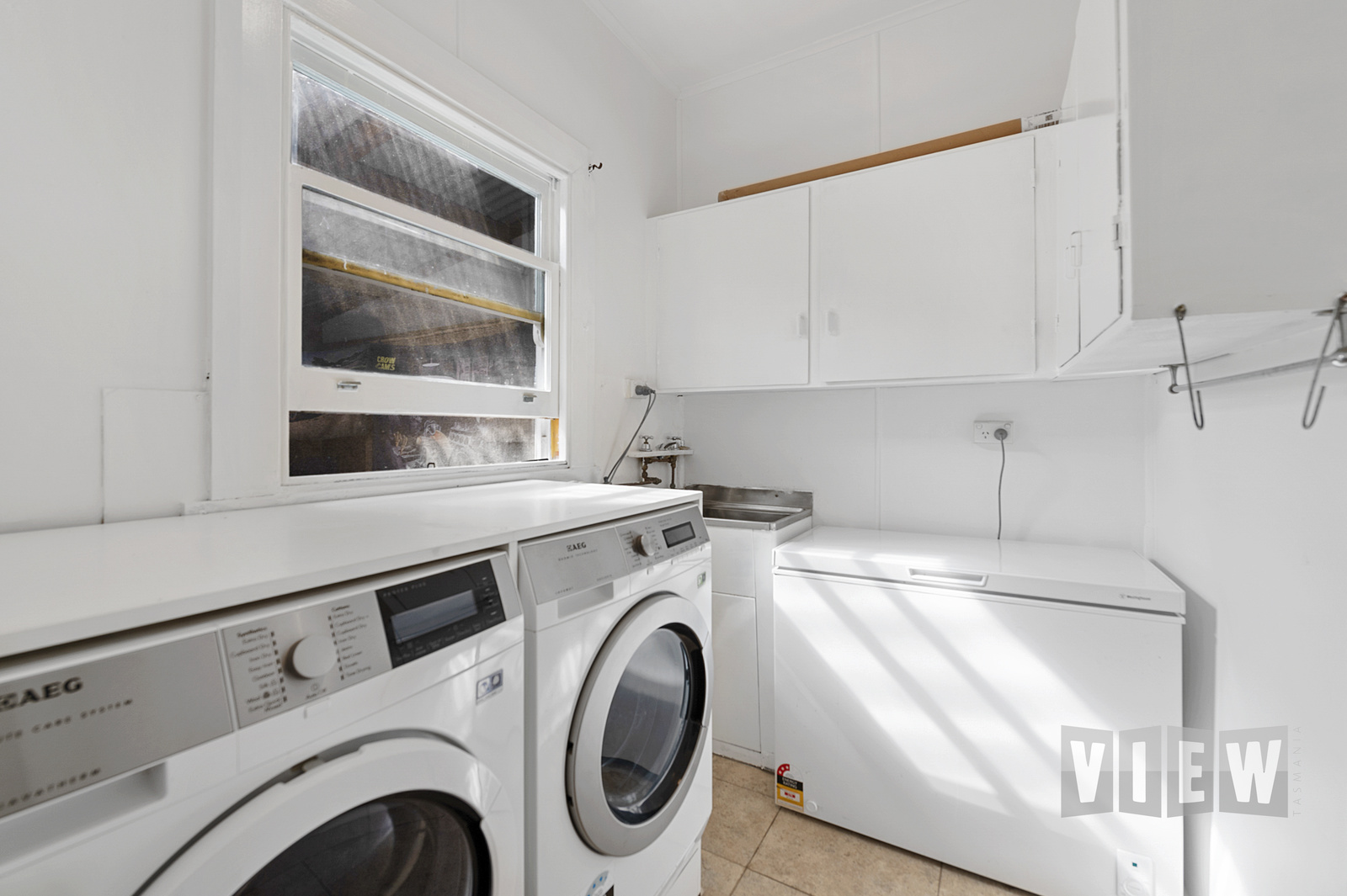 property image 2195800