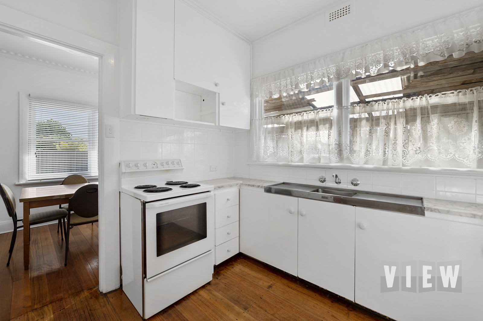 property image 2195796