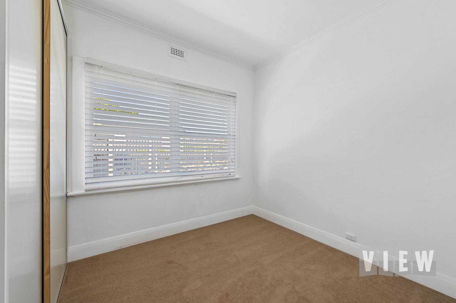 property image 2195807