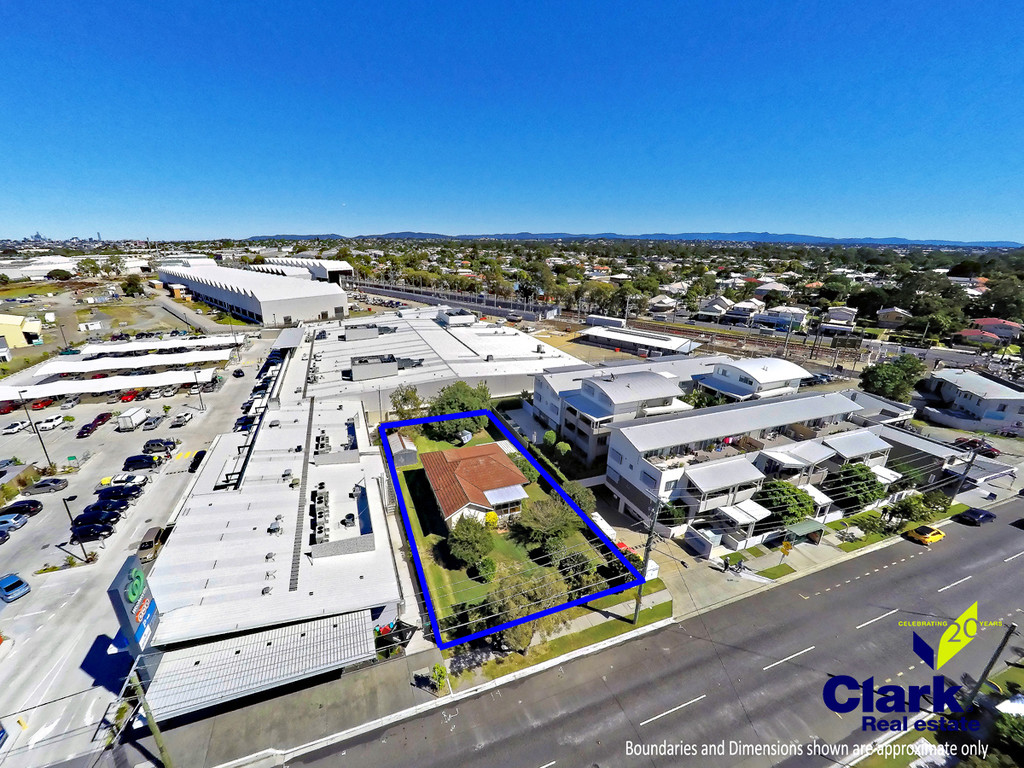 Mixed Use/Residential Development Site    (Lots 261-262 on RP 34615)