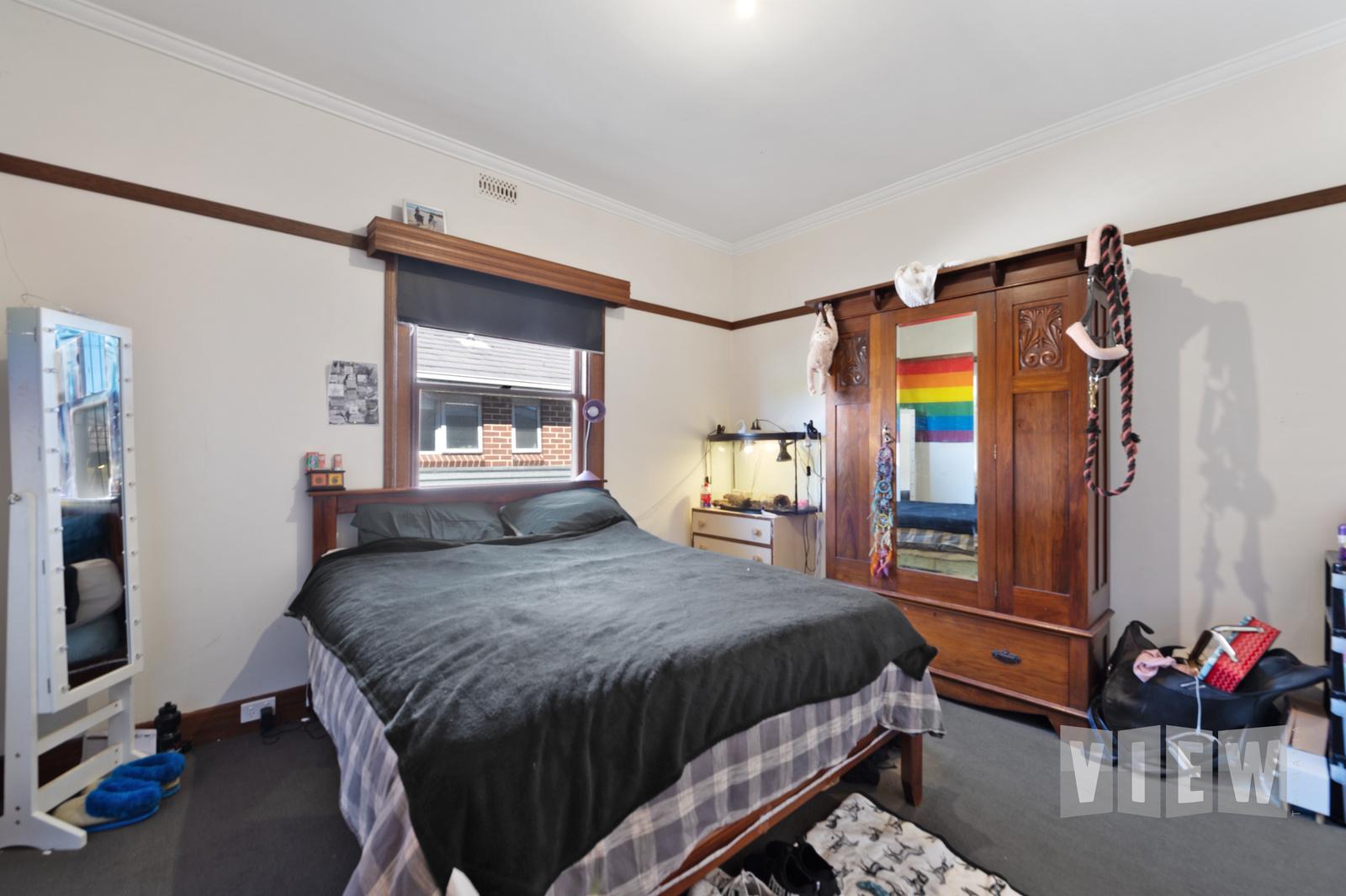 property image 2204581