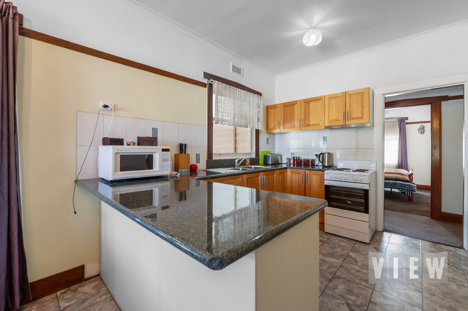 property image 2204595