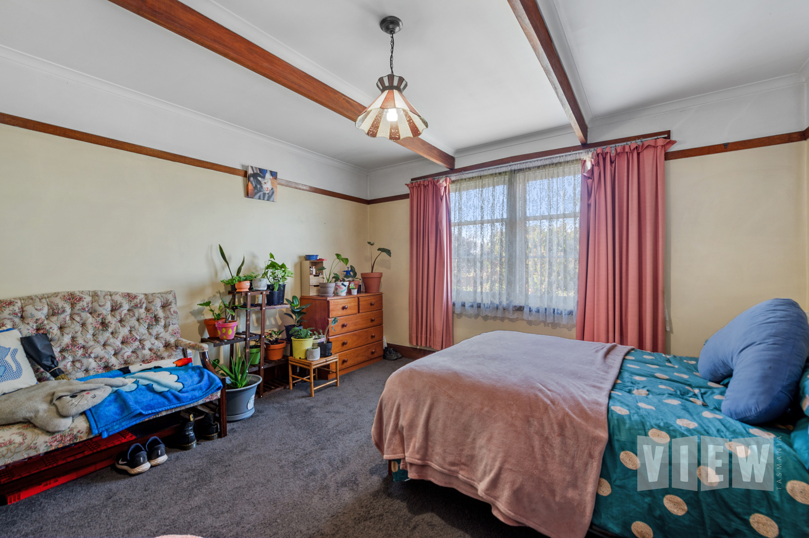 property image 2204600