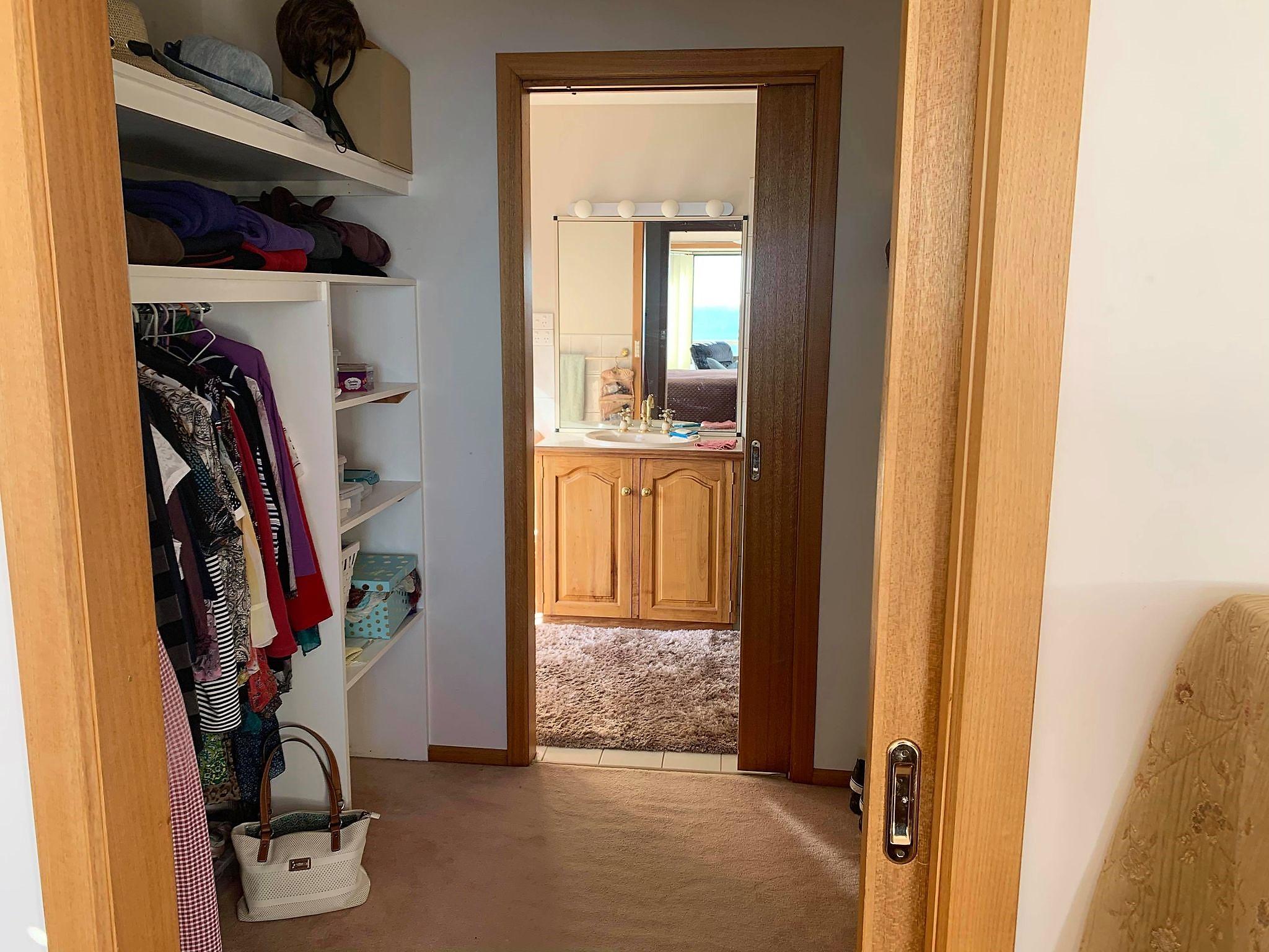 property image 2207945