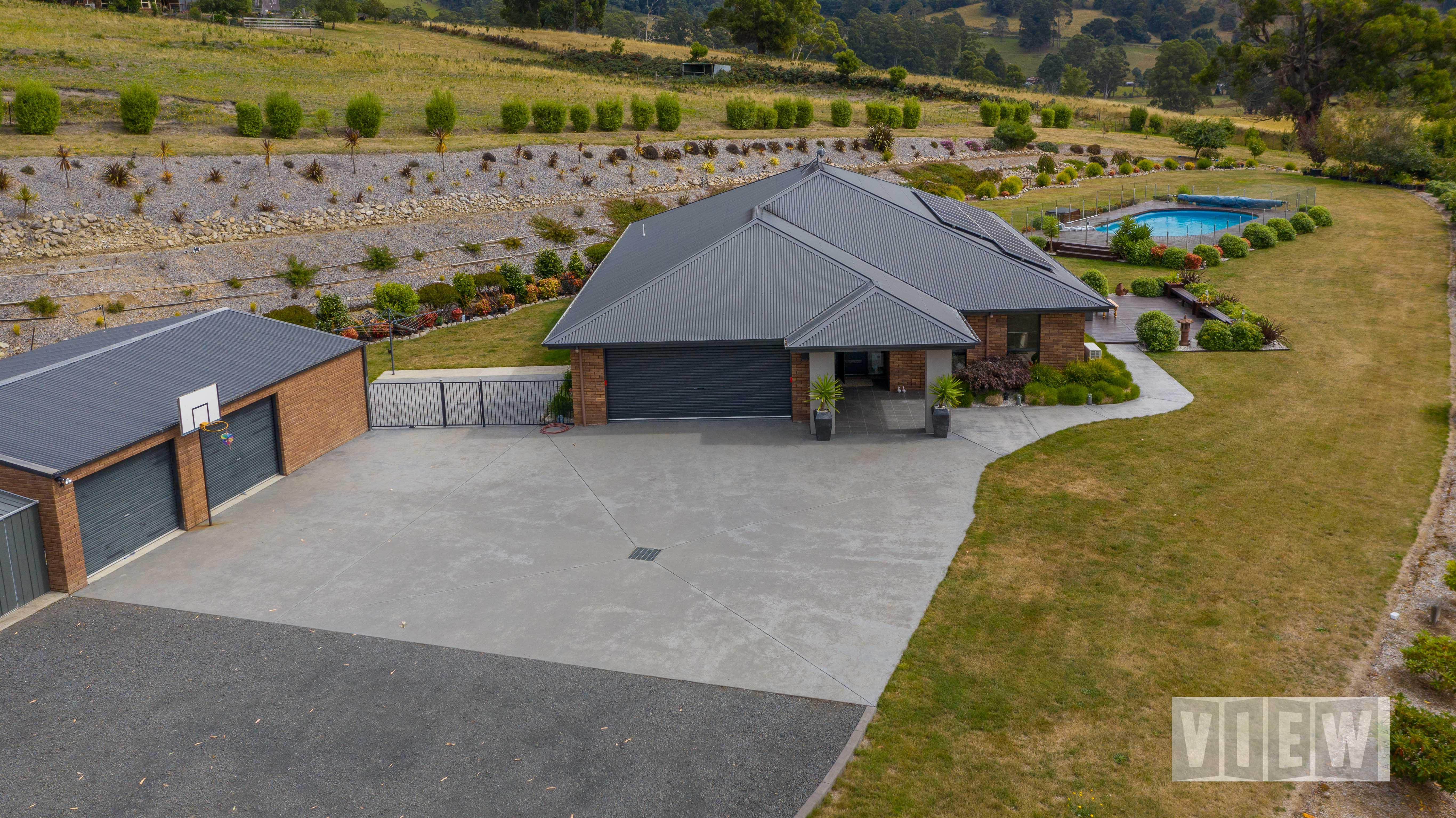 property image 2218640