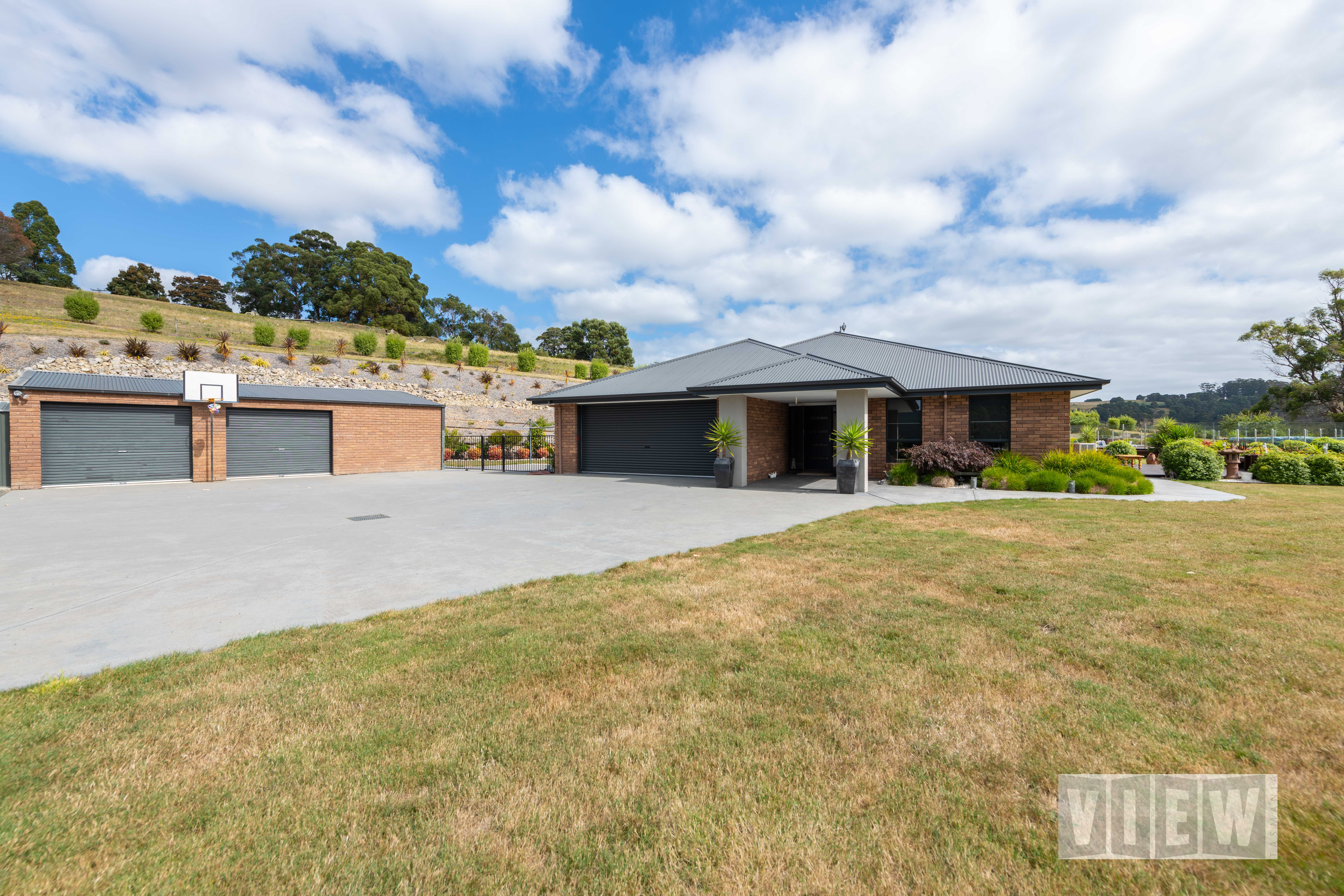 property image 2218624