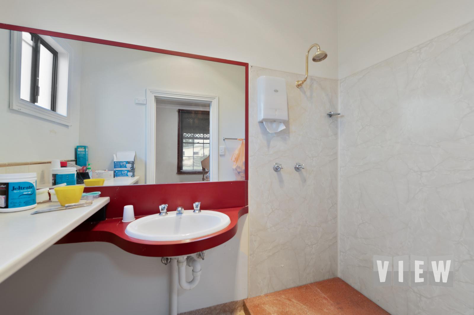 property image 2231045