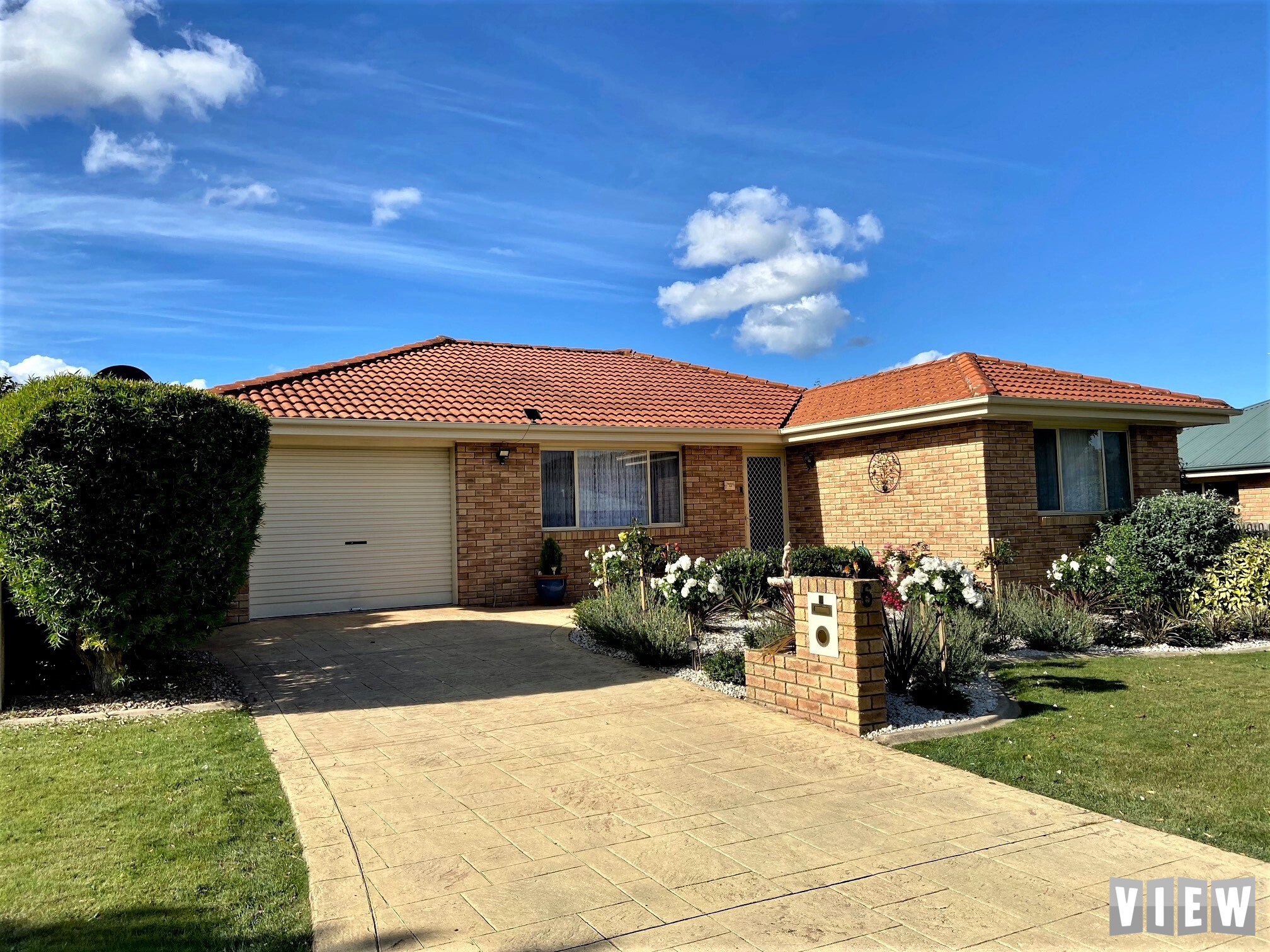 property image 2231573