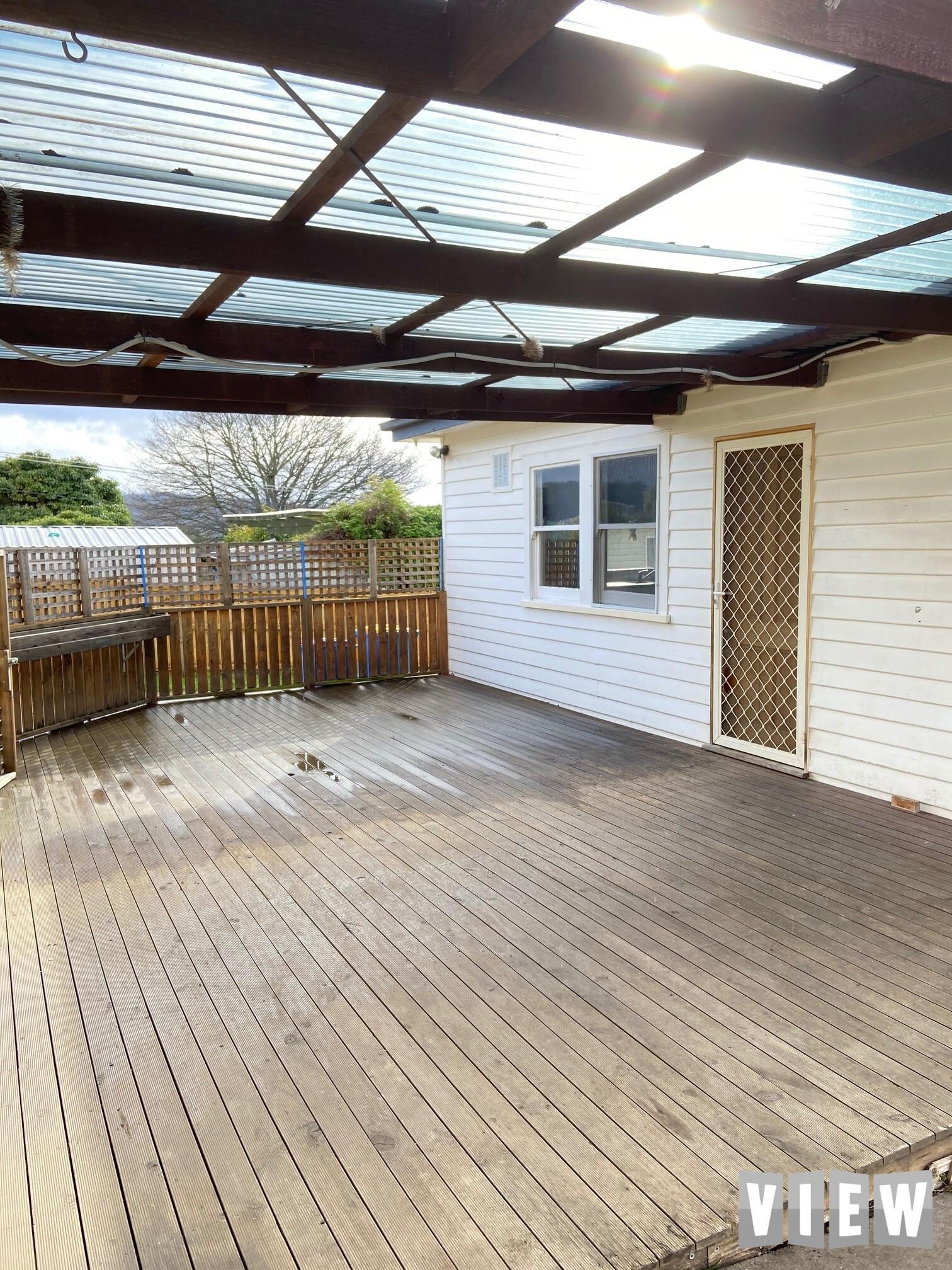 property image 2370377