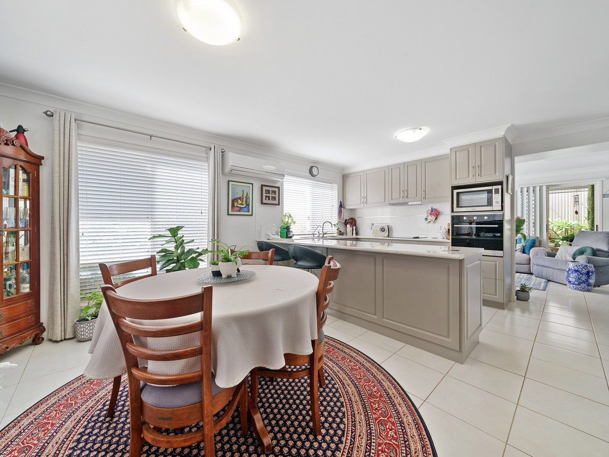 Immaculate Townhouse is a cut above the rest!