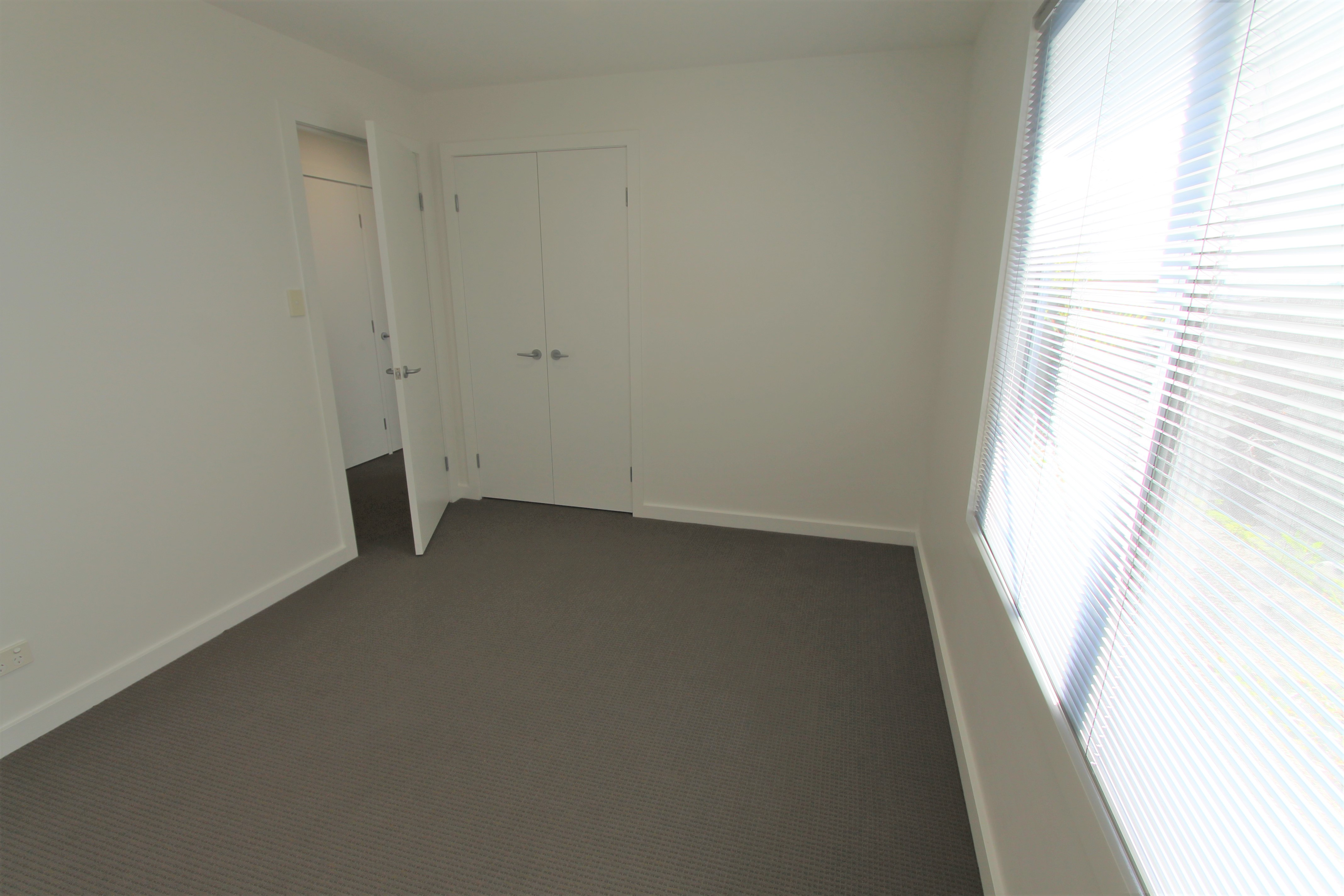 property image 2263168