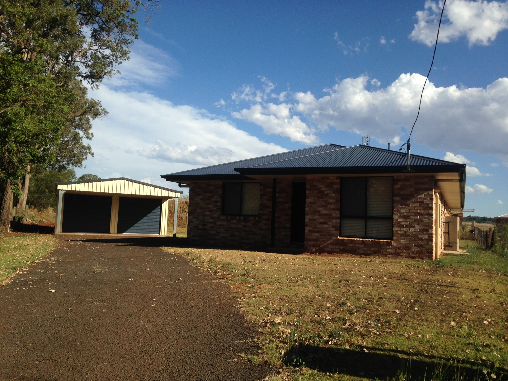Lovely 3 bedroom home just 10 minutes from Kingaroy
