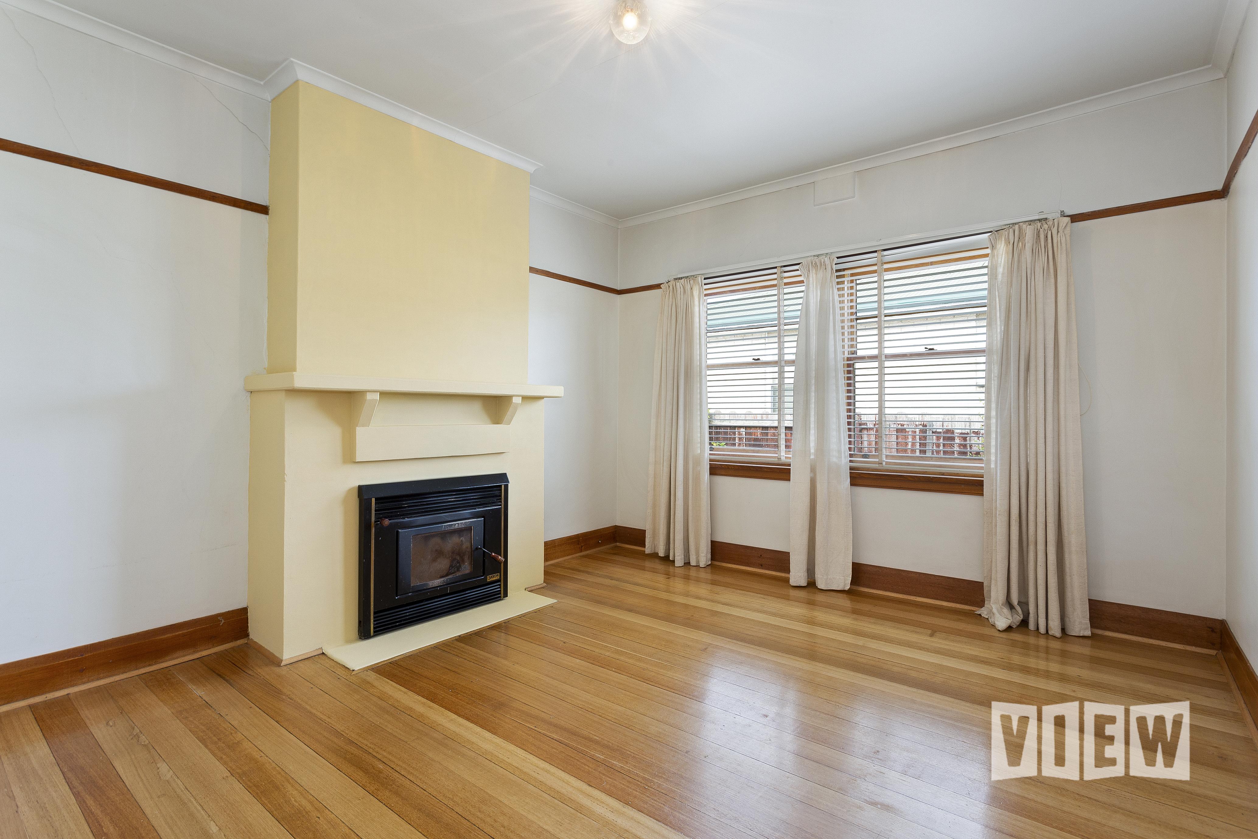 property image 2300080
