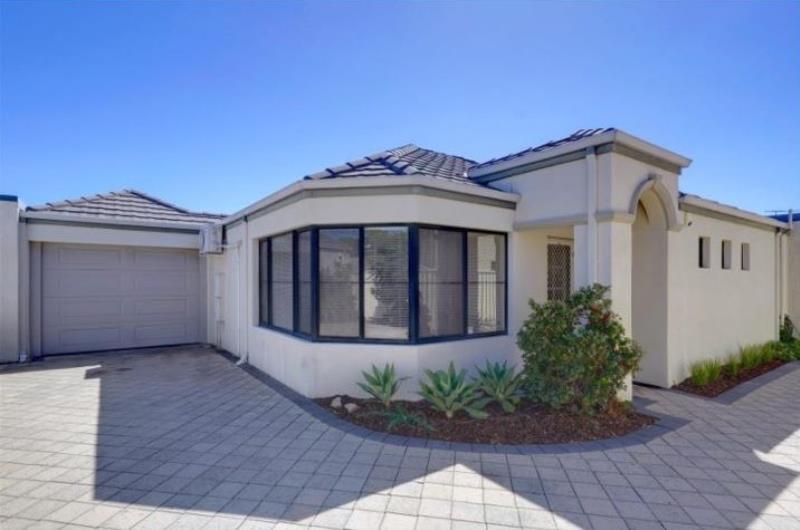 Modern, Spacious & Well-presented Villa