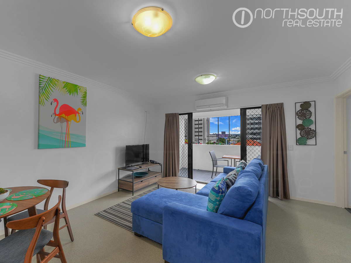 Fully furnished or unfurnished one bedroom in great location!