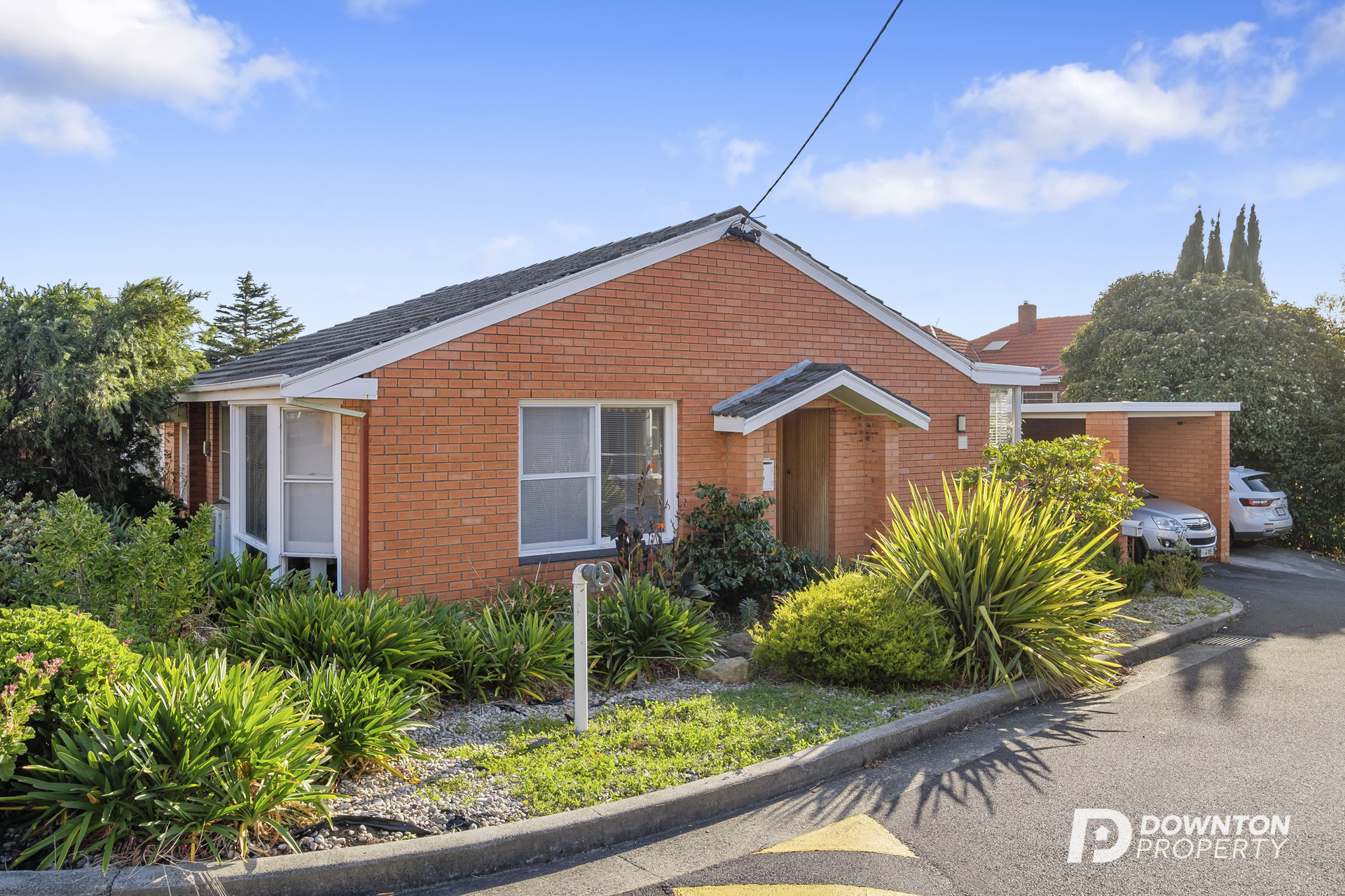 Renovated Unit in Ideal Location
