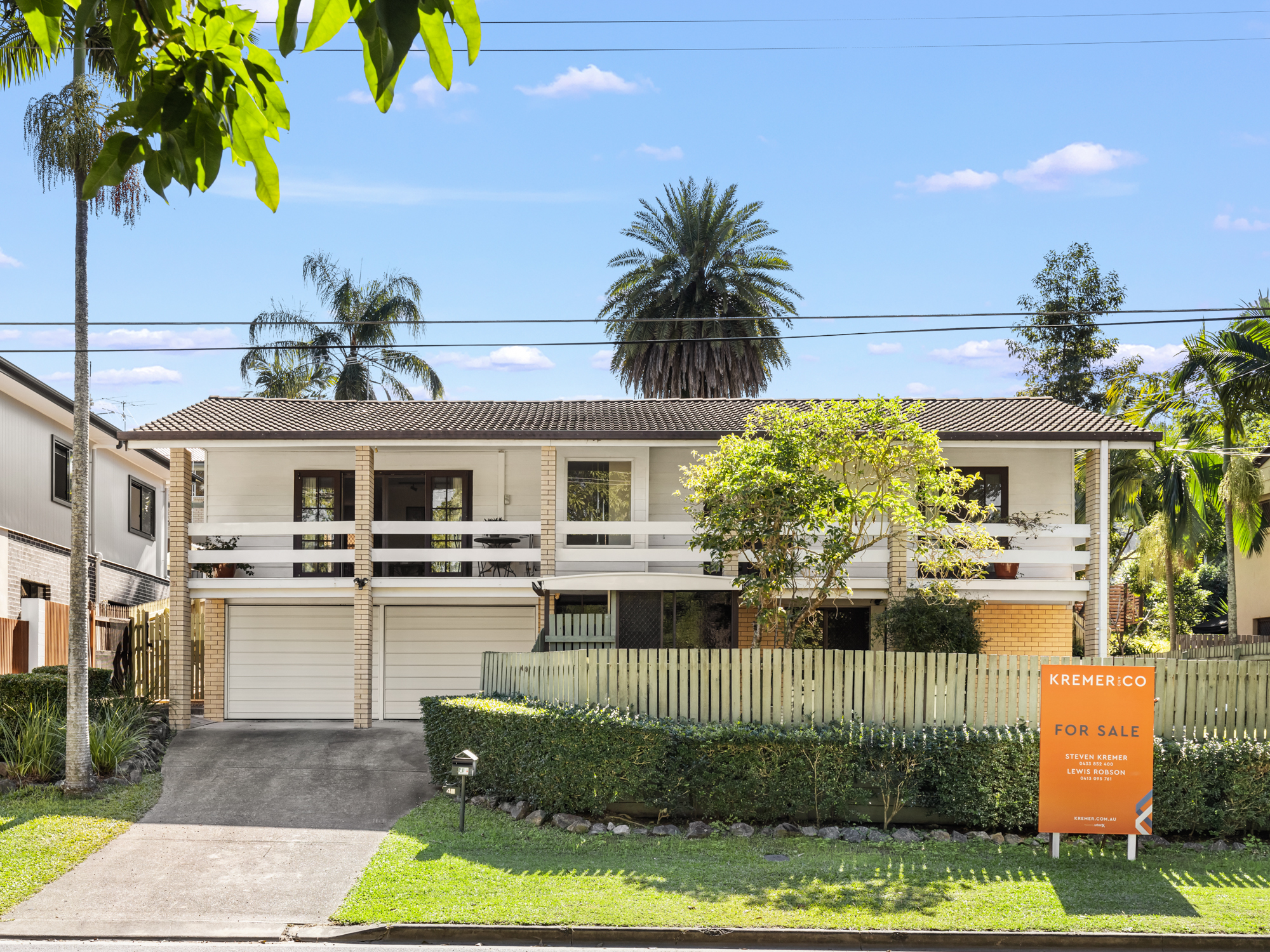 Plus sized family home in ideal locale